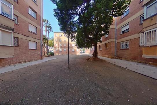 Piso en venta en Reus, Tarragona, Calle Galicia, 27.500 €, 3 habitaciones, 1 baño, 67 m2