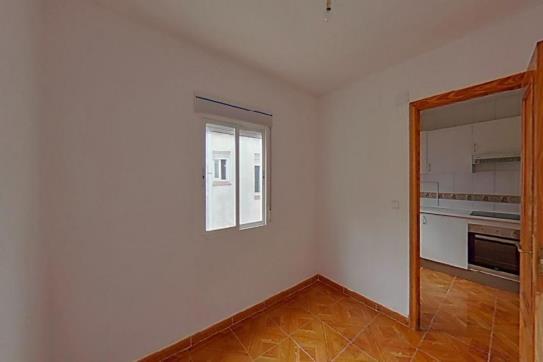 Piso en venta en Talavera de la Reina, Toledo, Calle San Vicente, 29.900 €, 1 baño, 72 m2