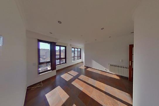 Piso en venta en Narón, A Coruña, Calle Jose Fontela Leal, 166.800 €, 3 habitaciones, 3 baños, 130 m2