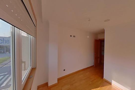 Piso en venta en Oleiros, A Coruña, Calle O Graxal, 166.000 €, 1 baño, 73 m2