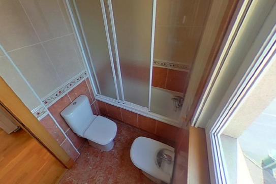 Piso en venta en Oleiros, A Coruña, Calle O Graxal, 165.600 €, 1 baño, 73 m2