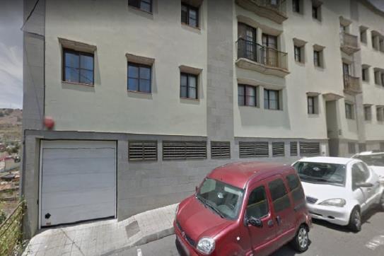 Parking en venta en Parking en Arucas, Las Palmas, 8.100 €, 27 m2, Garaje