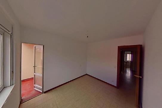 Piso en venta en Narón, A Coruña, Calle Somozas, 41.520 €, 1 baño, 92 m2