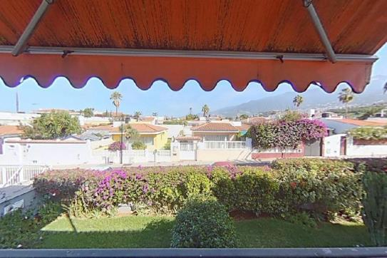 Piso en venta en Puerto de la Cruz, Santa Cruz de Tenerife, Calle Tigalate, 124.200 €, 1 habitación, 1 baño, 60 m2