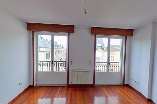 Piso en venta en Narón, A Coruña, Calle Veinticinco de Xullo, 172.300 €, 4 habitaciones, 2 baños, 157 m2