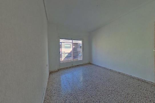 Piso en venta en Albacete, Albacete, Calle Calatrava, 88.000 €, 3 habitaciones, 2 baños, 117 m2