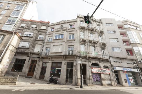 Piso en venta en Coia, Vigo, Pontevedra, Calle Angustias, 291.400 €, 3 habitaciones, 2 baños, 173 m2