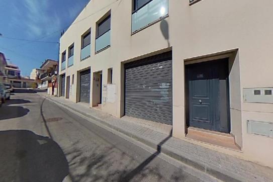 Casa en venta en Masia del Pau de L`hostal, Vilanova I la Geltrú, Barcelona, Calle Domenech I Montaner, 320.000 €, 4 habitaciones, 2 baños, 134 m2