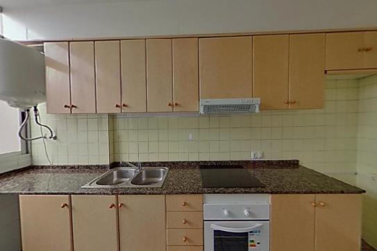 Piso en venta en Piso en Gandia, Valencia, 76.860 €, 1 habitación, 1 baño, 87 m2