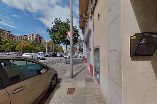 Piso en venta en Quatre Carreres, Valencia, Valencia, Calle Molina del Palau, 141.000 €, 3 habitaciones, 1 baño, 75 m2