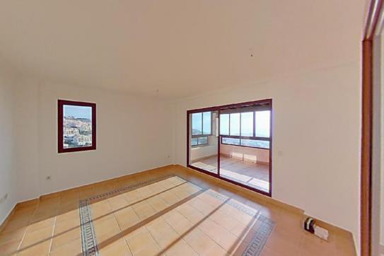 Piso en venta en Urbanización Sitio de Calahonda, Mijas, Málaga, Urbanización Alcores de Calahonda, 125.200 €, 1 habitación, 1 baño, 88 m2