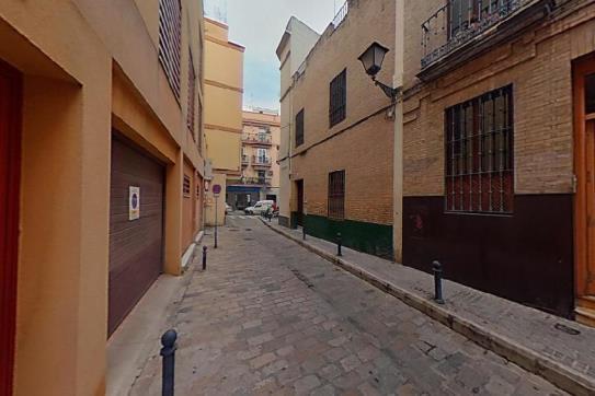 Piso en venta en Casco Antiguo, Sevilla, Sevilla, Calle Azafran, 191.580 €, 1 baño, 69 m2