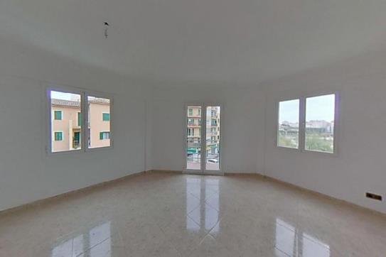 Piso en venta en Palma de Mallorca, Baleares, Plaza Barcelona, 189.600 €, 3 habitaciones, 2 baños, 94 m2
