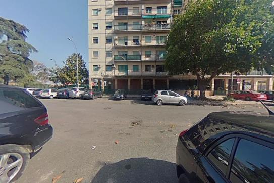 Piso en venta en Distrito San Pablo-santa Justa, Sevilla, Sevilla, Plaza El Tato, 196.000 €, 4 habitaciones, 2 baños, 151 m2