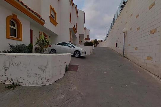 Casa en venta en Torreblanca, Fuengirola, Málaga, Calle Jilguero, 236.250 €, 4 habitaciones, 2 baños, 157 m2