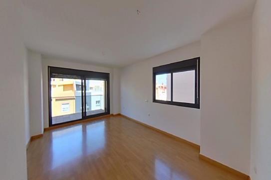 Piso en venta en Los Depósitos, Roquetas de Mar, Almería, Avenida Juan Carlos I, 102.400 €, 1 habitación, 1 baño, 128 m2