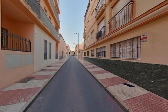 Piso en venta en Los Depósitos, Roquetas de Mar, Almería, Calle los Olivos, 80.200 €, 1 baño, 82 m2