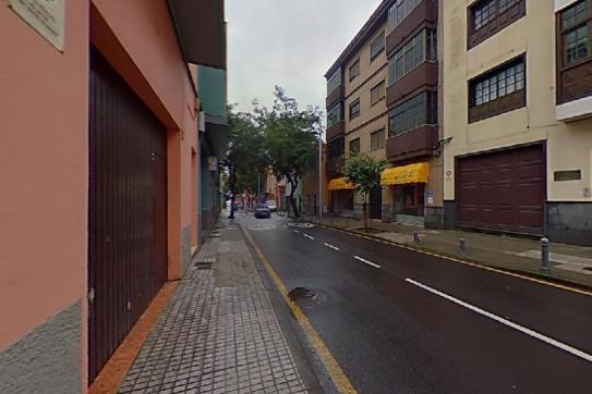Piso en venta en San Benito, San Cristobal de la Laguna, Santa Cruz de Tenerife, Avenida Lucas Vega, 218.800 €, 1 habitación, 1 baño, 142 m2