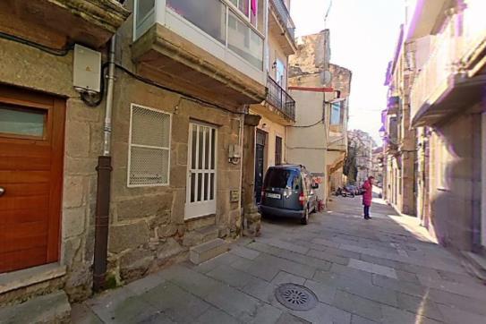 Piso en venta en Coia, Vigo, Pontevedra, Calle Pobladores, 94.500 €, 1 habitación, 1 baño, 61 m2