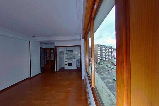Piso en venta en Centro Y Casco Histórico, Oviedo, Asturias, Plaza Primo de Rivera, 93.100 €, 1 baño, 35 m2