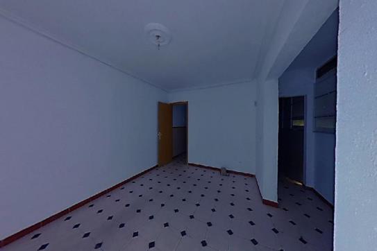 Piso en venta en Distrito Sur, Sevilla, Sevilla, Calle Reina del Mundo, 52.500 €, 1 habitación, 1 baño, 75 m2