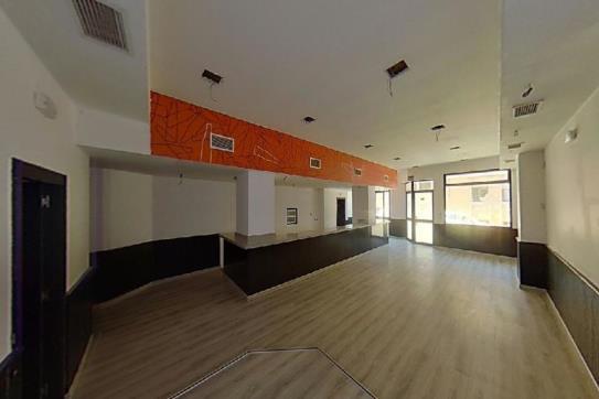 Local en venta en Zamarramala, Segovia, Segovia, Calle Santa Catalina, 165.400 €, 97 m2