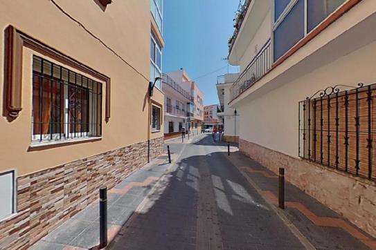 Piso en venta en Las Lagunas, Mijas, Málaga, Calle Virgen del Carmen, 101.500 €, 2 habitaciones, 1 baño, 52 m2