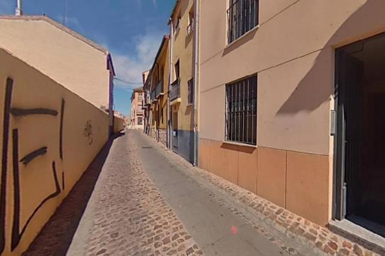 Piso en venta en La Horta, Zamora, Zamora, Calle Zapateria, 95.680 €, 3 habitaciones, 2 baños, 108 m2