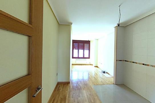 Piso en venta en Distrito Oeste, Gijón, Asturias, Calle Zumalacarregui, 127.700 €, 2 habitaciones, 2 baños, 71 m2