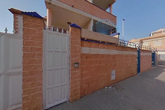 Casa en venta en Urbanización Calas Blancas, Torrevieja, Alicante, Calle Conjunto Residencial Europa, 158.600 €, 1 baño, 83 m2