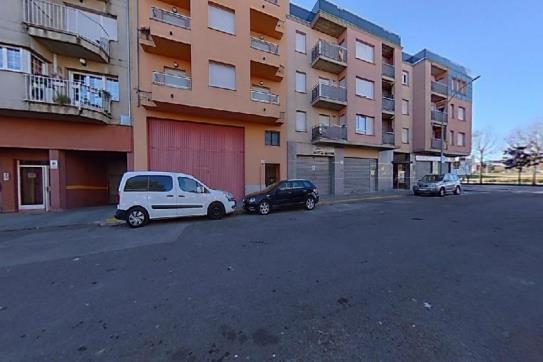 Piso en venta en Salt, Girona, Calle Gavarres, 147.500 €, 1 habitación, 1 baño, 182 m2