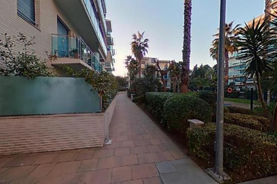 Piso en venta en Lloret de Mar, Girona, Avenida Vila de Blanes, 124.630 €, 1 baño, 85 m2