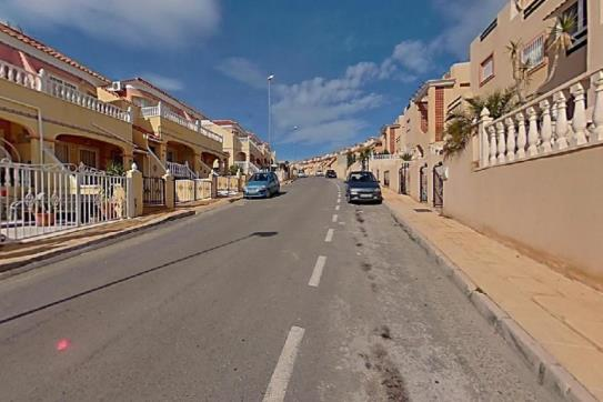 Piso en venta en Orihuela Costa, Orihuela, Alicante, Calle Almanzor, 86.100 €, 1 baño, 61 m2