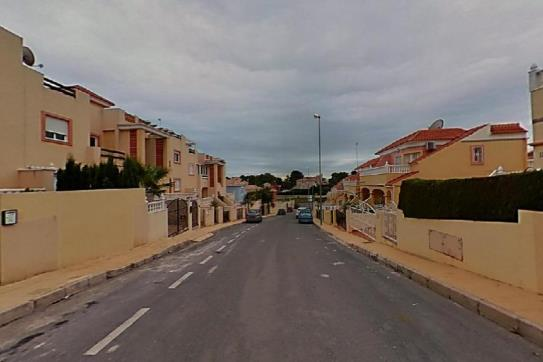 Piso en venta en Orihuela Costa, Orihuela, Alicante, Calle Almanzor, 79.200 €, 1 baño, 70 m2