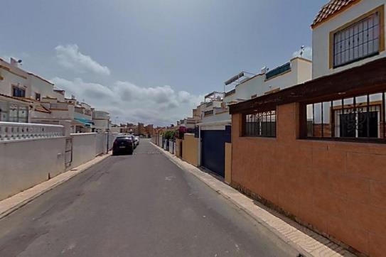 Piso en venta en Orihuela Costa, Orihuela, Alicante, Calle Arco Iris, 83.000 €, 2 habitaciones, 1 baño, 58 m2