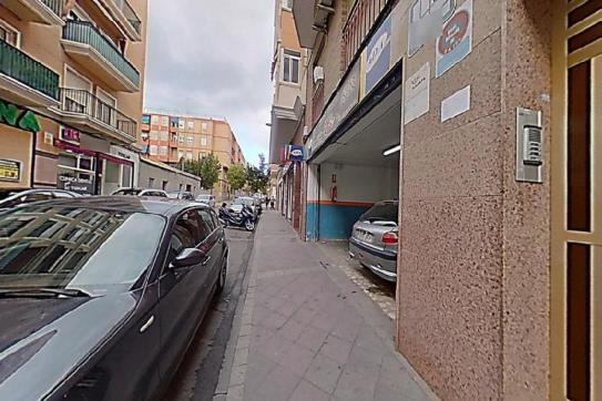 Piso en venta en Cementeri, Elche/elx, Alicante, Calle Leon Sanchez Saez, 100.700 €, 1 baño, 114 m2