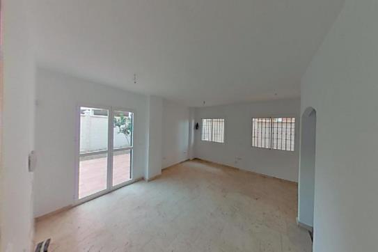 Casa en venta en Rincón de la Victoria, Málaga, Calle Miro, 220.500 €, 3 habitaciones, 3 baños, 194 m2