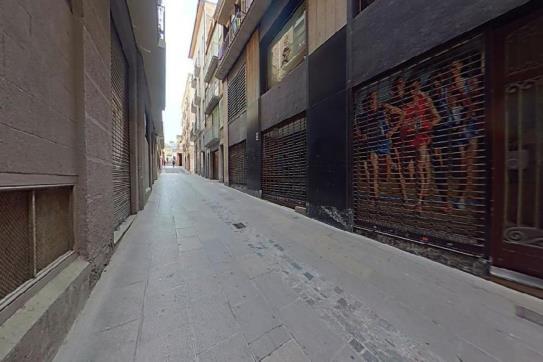 Piso en venta en Centre Històric de Manresa, Manresa, Barcelona, Calle Canal, 139.300 €, 1 baño, 106 m2