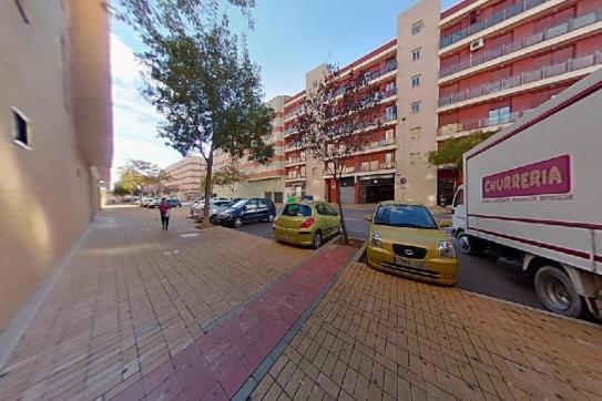 Piso en venta en Urbanización Penyeta Roja, Castellón de la Plana/castelló de la Plana, Castellón, Calle Jesus Marti Martin, 115.300 €, 2 habitaciones, 1 baño, 90 m2