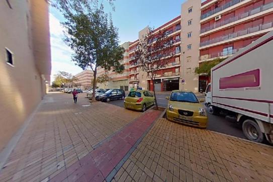 Piso en venta en Urbanización Penyeta Roja, Castellón de la Plana/castelló de la Plana, Castellón, Calle Jesus Marti Martin, 121.100 €, 2 habitaciones, 1 baño, 84 m2