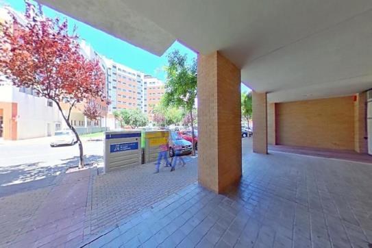 Piso en venta en Urbanización Penyeta Roja, Castellón de la Plana/castelló de la Plana, Castellón, Calle Jose Bertomeu Gimeno, 183.700 €, 3 habitaciones, 1 baño, 111 m2