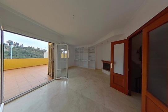 Casa en venta en Los Canas, Rincón de la Victoria, Málaga, Calle San Fernando, 241.500 €, 3 habitaciones, 2 baños, 181 m2