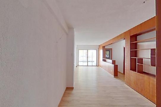 Piso en venta en Llevant - Levante, Benidorm, Alicante, Avenida Cuenca, 189.000 €, 4 habitaciones, 2 baños, 104 m2