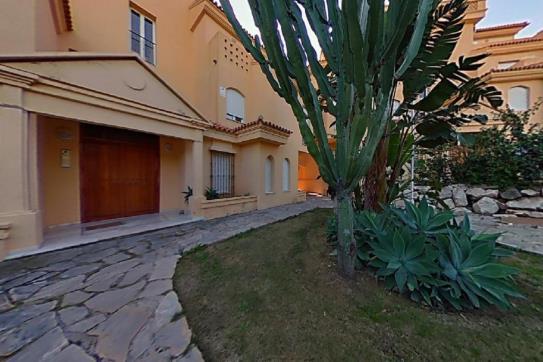 Piso en venta en Urbanización Sitio de Calahonda, Mijas, Málaga, Calle Viento del Sur, 154.350 €, 1 habitación, 1 baño, 100 m2