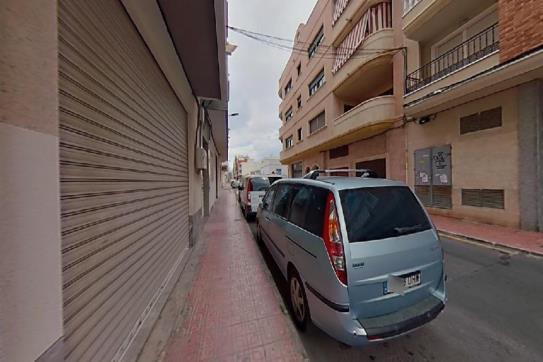 Piso en venta en Urbanización Calas Blancas, Torrevieja, Alicante, Calle San Julian, 77.500 €, 2 habitaciones, 2 baños, 91 m2