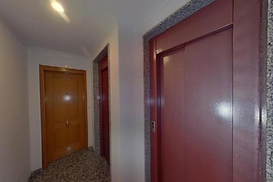 Piso en venta en Piso en Torrevieja, Alicante, 77.500 €, 2 habitaciones, 2 baños, 91 m2