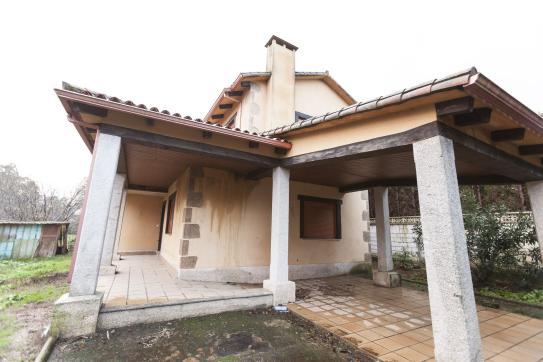 Casa en venta en Tomiño, Pontevedra, Calle Centro A Ponte Forcadela, 143.800 €, 3 habitaciones, 2 baños, 140 m2