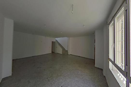 Casa en venta en Distrito Bellavista-la Palmera, Sevilla, Sevilla, Calle Italia, 573.610 €, 1 baño, 295 m2