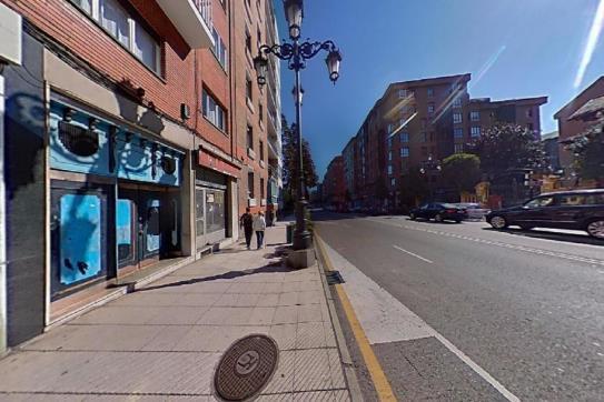 Piso en venta en Centro Y Casco Histórico, Oviedo, Asturias, Avenida Galicia, 107.000 €, 3 habitaciones, 2 baños, 83 m2