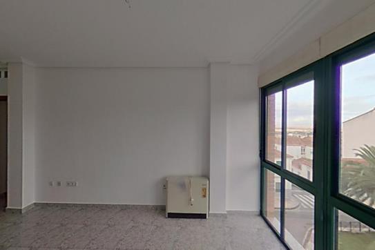 Piso en venta en Peña Redonda, Cáceres, Cáceres, Plaza Antonio Canales, 83.000 €, 2 habitaciones, 1 baño, 70 m2